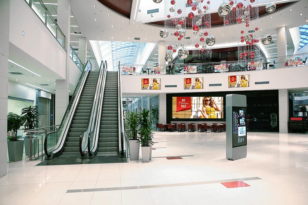 Panasonic-EF1-shopping